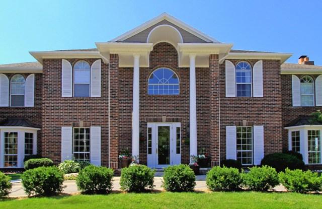 Lionsgate Apartments - 5101 Vine St, Lincoln, NE 68504