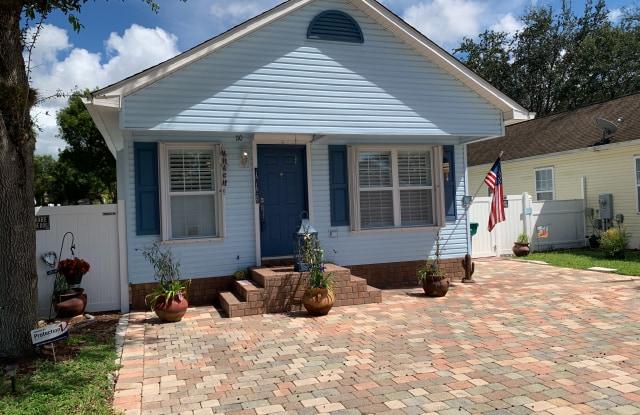 110 Leawood Cir - 110 Leawood Circle, Collier County, FL 34104