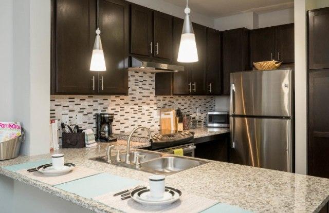 Note 16 Apartments - 1520 Horton Ave, Nashville, TN 37212