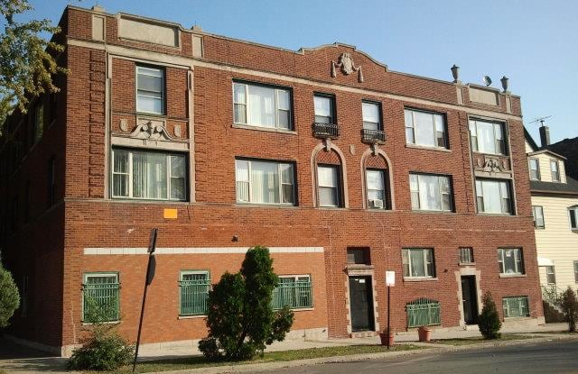 Pangea 2838 E 91st Street South Chicago Apartments - 2838 E 91st St, Chicago, IL 60617