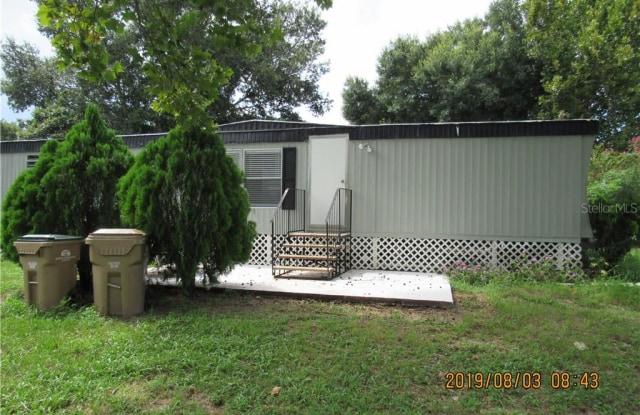 16942 BAY AVENUE - 16942 Bay Avenue, Lake County, FL 34756