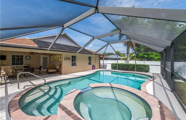 800 92nd AVE N - 800 92nd Avenue North, Naples Park, FL 34108
