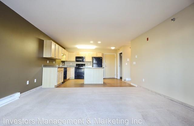 Minot Place - 1710 13th Street Southeast, Minot, ND 58701