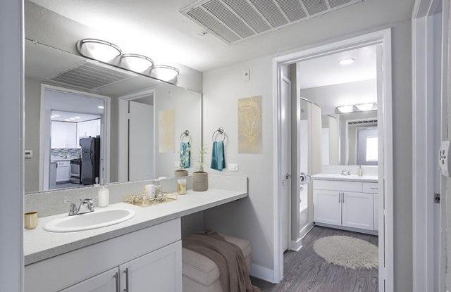Monarch Apartment Lofts - 7918 Reseda Boulevard, Los Angeles, CA 91335