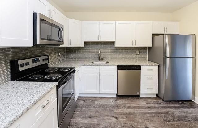 Timberlake Apartments - 2803 Stanbridge St, Norristown, PA 19401