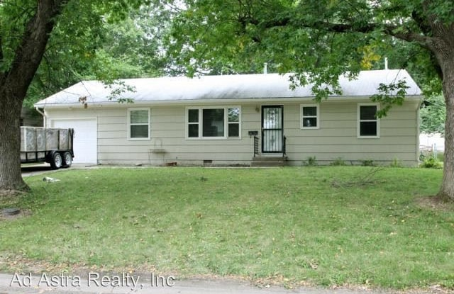 6015 Kentucky Ave - 6015 Kentucky Avenue, Raytown, MO 64133