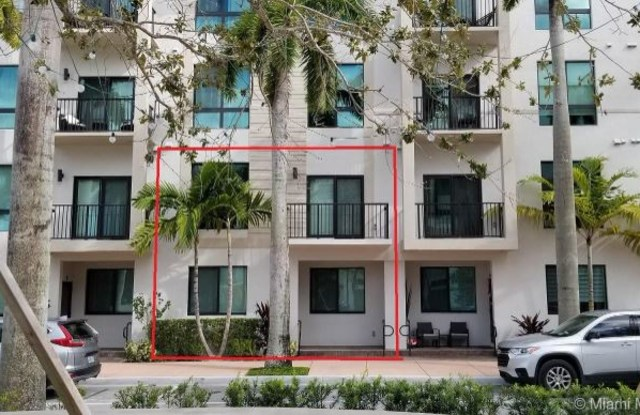 4725 NW 85th Ave # 12 - 4725 NW 85th Ave, Miami Springs, FL 33166