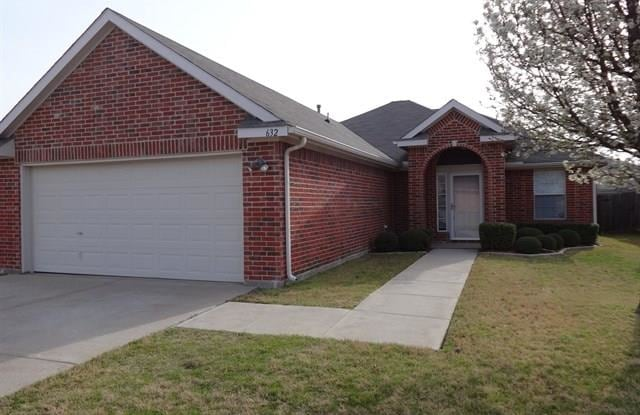 632 Oak Hollow Trail - 632 Oak Hollow Trail, Saginaw, TX 76179