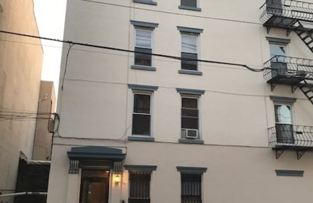 63 5TH ST - 63 5th St, Hoboken, NJ 07030