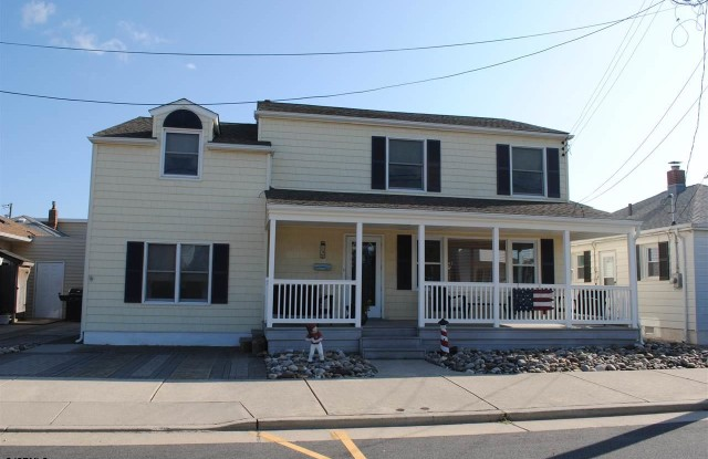 15 N Pelham Ave - 15 North Pelham Avenue, Longport, NJ 08403