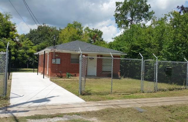 4607 Salina St. - 4607 Salina Street, Houston, TX 77026