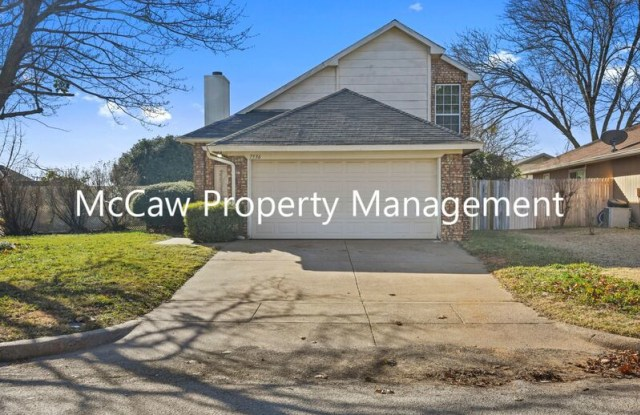 7536 Down Hill Dr - 7536 Down Hill Drive, Fort Worth, TX 76120