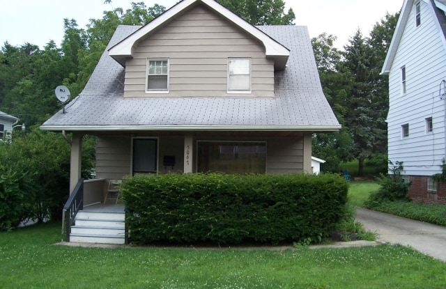 5067 Greenhurst Dr. - 5067 Greenhurst Drive, Maple Heights, OH 44137