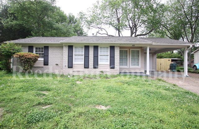 1455 Town And Country Dr - 1455 Town and Country Drive, Southaven, MS 38671