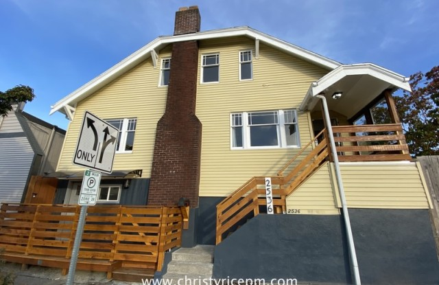 2536 15th Ave S - 2536 15th Avenue South, Seattle, WA 98144
