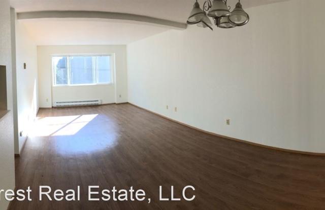 North Greenwood Apartments - 13826 Greenwood Ave N #41, Seattle, WA 98133