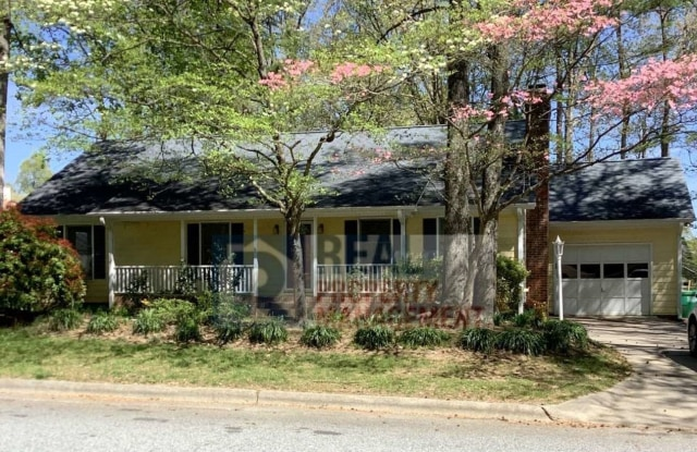 2920 Sussex Dr. - 2920 Sussex Drive, High Point, NC 27260