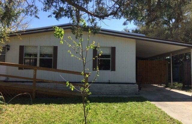 676 Coral Circle - 676 Coral Circle, St. Johns County, FL 32080