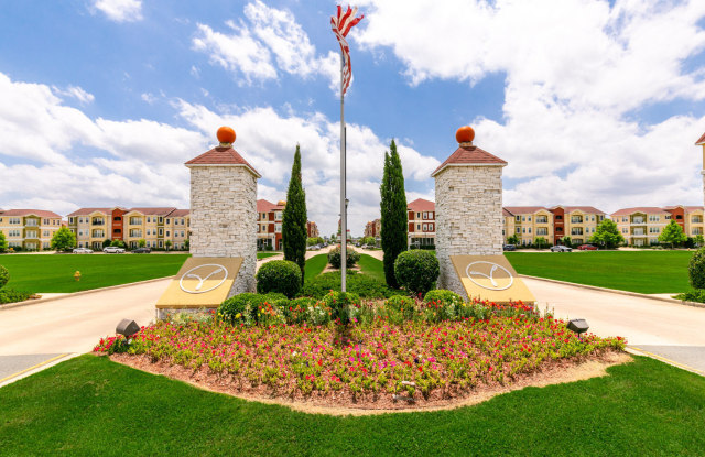 Villaggio - 2101 Villaggio Blvd, Bossier City, LA 71111