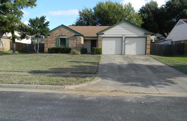 501 Harrington Lane - 501 Harrington Lane, Euless, TX 76039