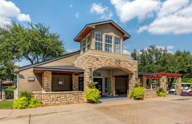 Landmark at Gleneagles Apartment Homes - 4909 Haverwood Ln, Dallas, TX 75287