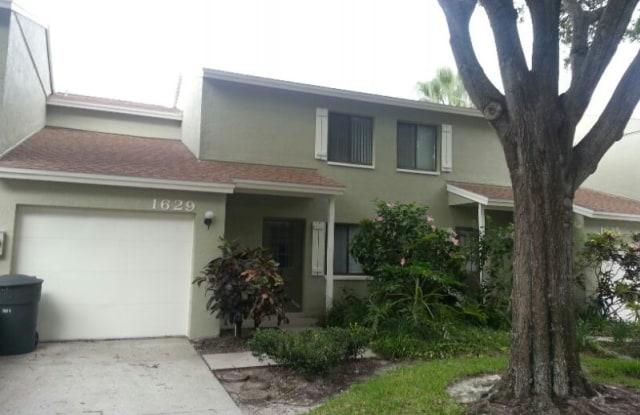 """1629 Adams Cir S - 1629 Adams Circle South, Pinellas County, FL 33771"""