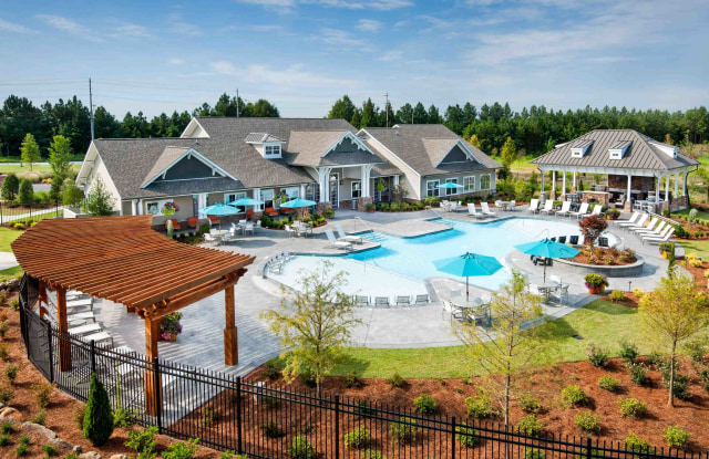 The Meridian at Redwine - 3755 Redwine Rd, East Point, GA 30331