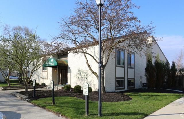 Reserve at Sharon Woods - 1881 Solera Dr, Columbus, OH 43229