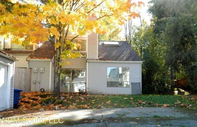 2317 SE 8th Dr - 2317 Southeast 8th Drive, Renton, WA 98055