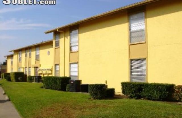 9387 Pinyon Tree Ln Unit: B5 - 9387 Pinyon Tree Lane, Dallas, TX 75243