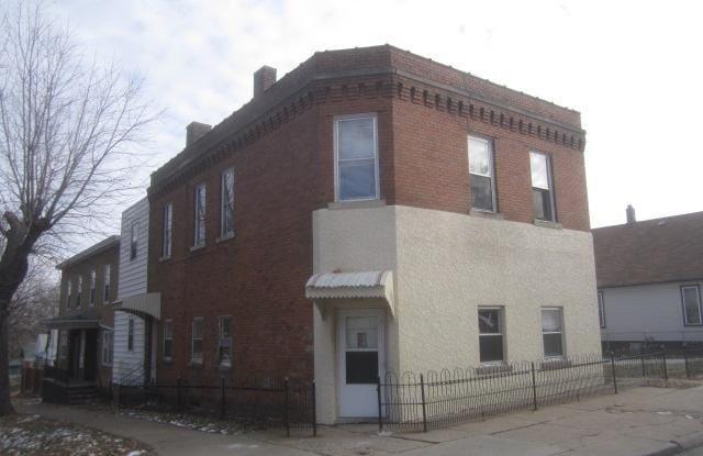 5401 S 32nd St - 5401 South 32nd Street, Omaha, NE 68107