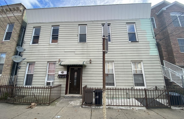 216 Cambridge Avenue - 216 Cambridge Avenue, Jersey City, NJ 07307