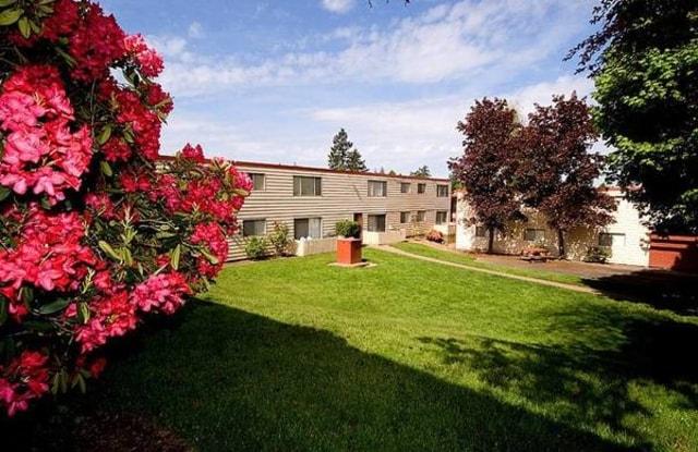 Scholls Apartments - 5125 SW Scholls Ferry Rd, Raleigh Hills, OR 97225