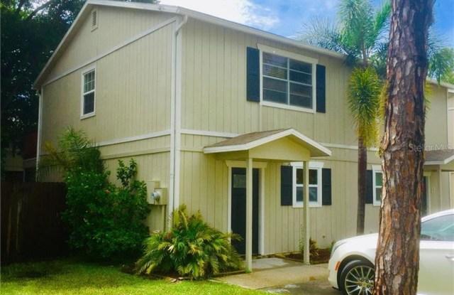 148 DOUGLAS ROAD W - 148 Douglas Road West, Oldsmar, FL 34677