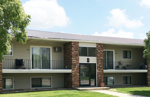 Cedarwood North - 525 22nd Avenue Northwest, Minot, ND 58703