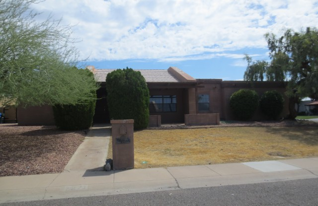 7221 N. 18th Pl. - 7221 North 18th Place, Phoenix, AZ 85020