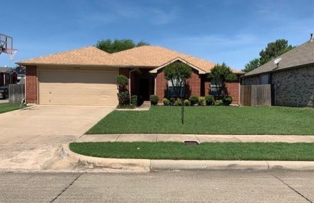 8508 Rain Forest Lane - 8508 Rain Forest Lane, Fort Worth, TX 76123