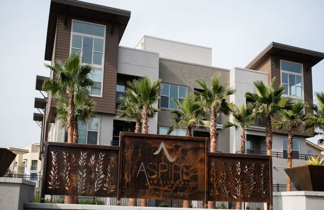 Aspire Apartments - 2725 Pavillion Parkway, Tracy, CA 95304