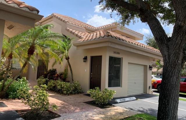 16308 Malibu Dr - 16308 Malibu Drive, Weston, FL 33326