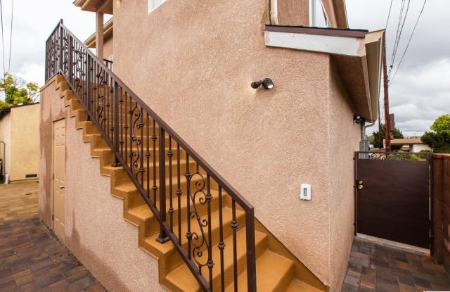 3302 W Wyoming Avenue - 3302 W Wyoming Ave, Burbank, CA 91505