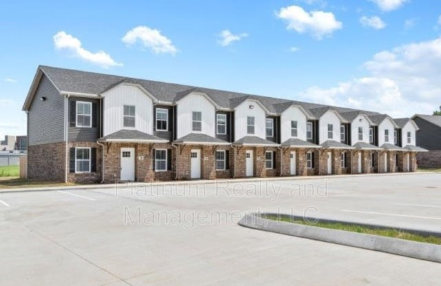 971-107 Professional Park - 971 Professional Park Dr, Montgomery County, TN 37043