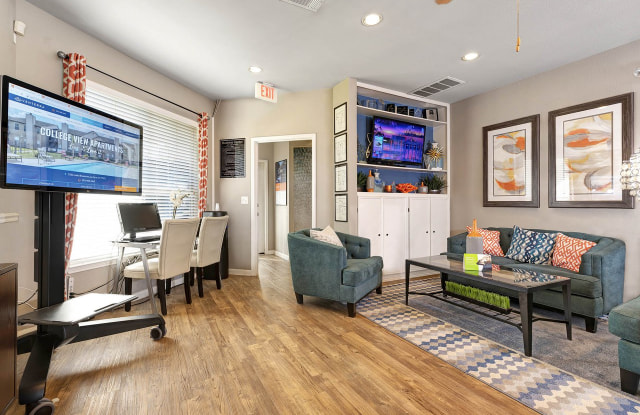 College View Apartments - 3333 Luella Blvd, La Porte, TX 77571