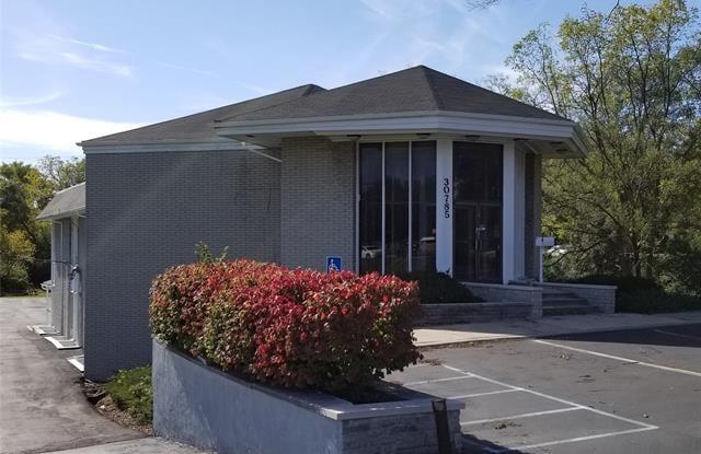 30785 E GRAND RIVER Avenue - 30785 Grand River Ave, Farmington Hills, MI 48336