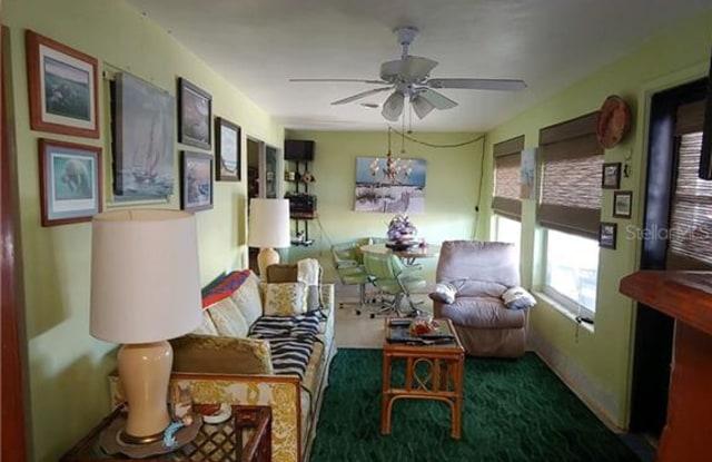 6411 LONNIE LEE LANE - 6411 Lonnie Lee Lane, Hudson, FL 34667
