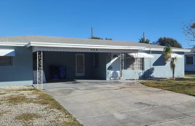 713 W Branch Street - 713 West Branch Street, Lantana, FL 33462