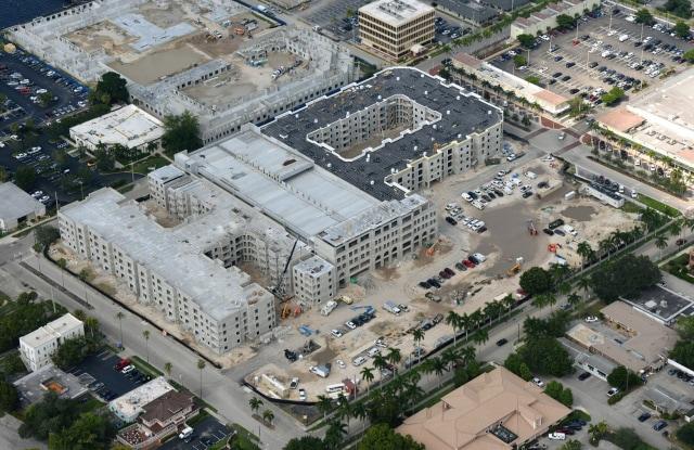 West End at City Walk - 2250 Mcgregor Boulevard, Fort Myers, FL 33901