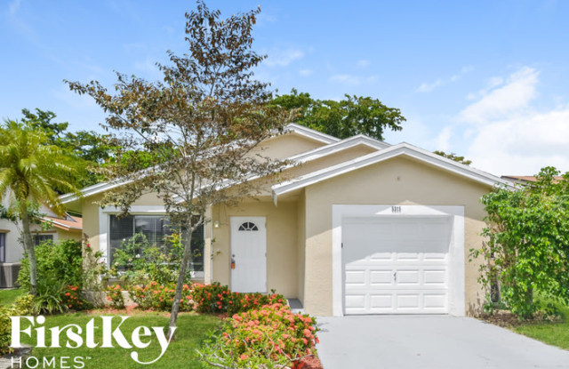 5315 Northwest 93 Avenue - 5315 Northwest 93rd Avenue, Sunrise, FL 33351