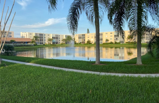 1025 SE 3rd Ave - 1025 Southeast 3rd Avenue, Dania Beach, FL 33004