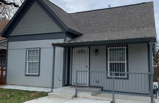 304 14th Street - 304 Northwest 14th Street, Fort Worth, TX 76164