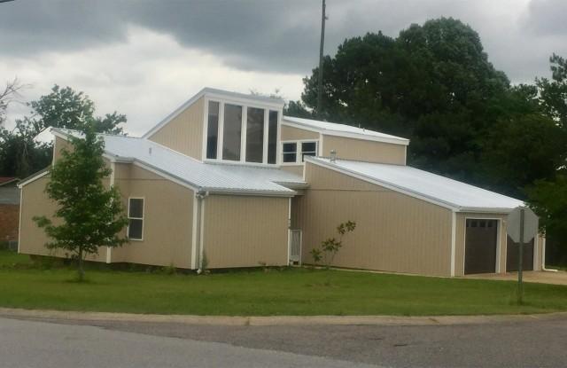 718 Valleyview Road - 718 Valleyview Rd, Pelham, AL 35124